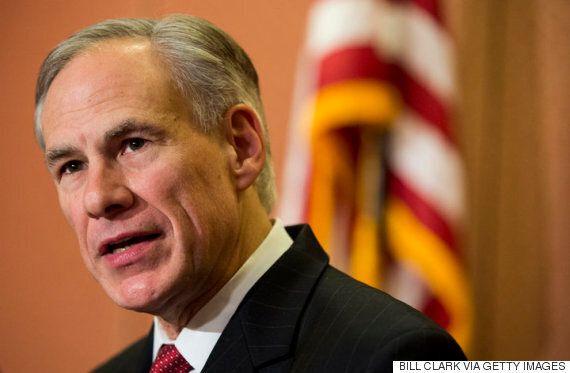 트럼프에게 모든 시선이 쏠린 가운데 텍사스가 끔찍한 반 LGBTQ 법을 통과할지도