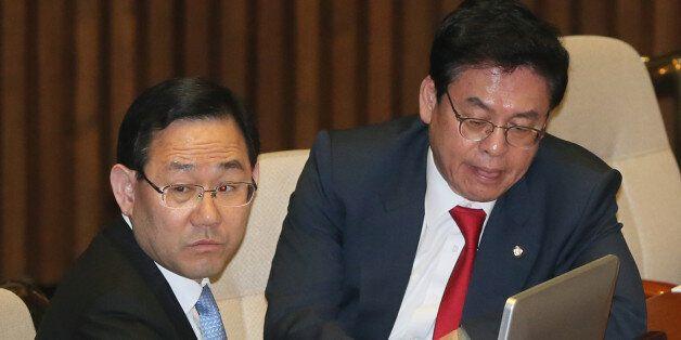 자유한국당과 바른정당이 문재인 대통령의 '4대강 사업 감사' 지시에 우려를