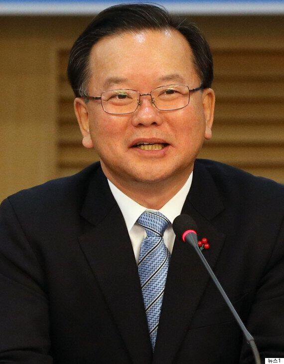 국토교통부 최초의 여성 장관으로 김현미 의원이