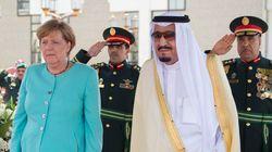메르켈은 사우디아라비아서 머리를 가리지