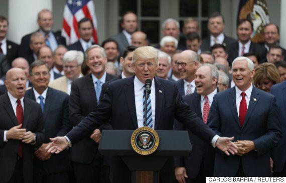 포토샵된 트럼프 사진의 비밀을 아무도 못 알아차리고