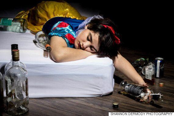 한 사진작가가 디즈니 공주를 통해 실생활의 문제를