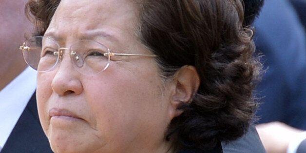 국민의당이 '권양숙 친척 특혜' 의혹에