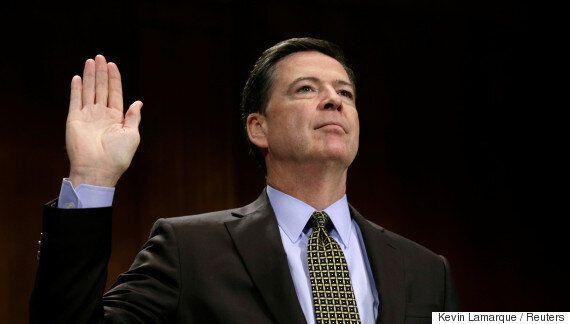 도널드 트럼프는 제임스 코미 FBI 국장을 해임할 이유를 찾고
