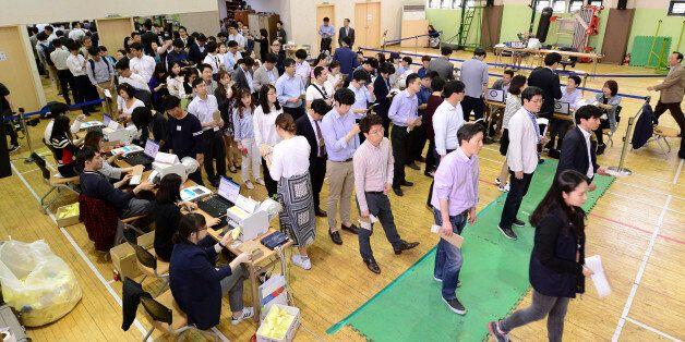 사전투표 첫날, 전국 평균 투표율이 무려 5.80%를 기록중이다