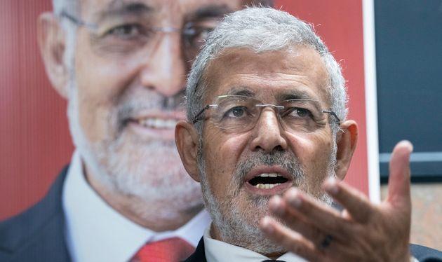 L'imam Hassan Guillet, candidat du parti libéral, répond à une question lors d'une...