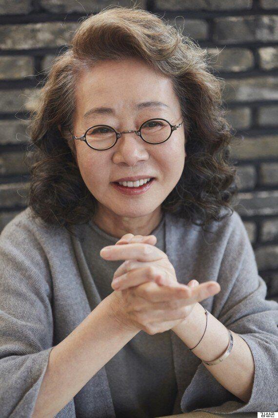[허프포스트 인터뷰] 윤여정, 어른은 열심히