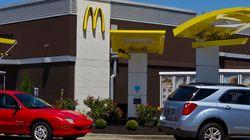 8살짜리가 치즈버거를 먹고 싶어 맥도날드까지 아빠 자동차를 몰래 '빌려'