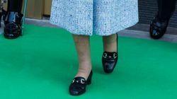 영국 여왕에겐 새 구두를 길들이는 비법이