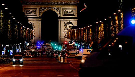 프랑스 파리 샹젤리제에서 총격 '테러'가