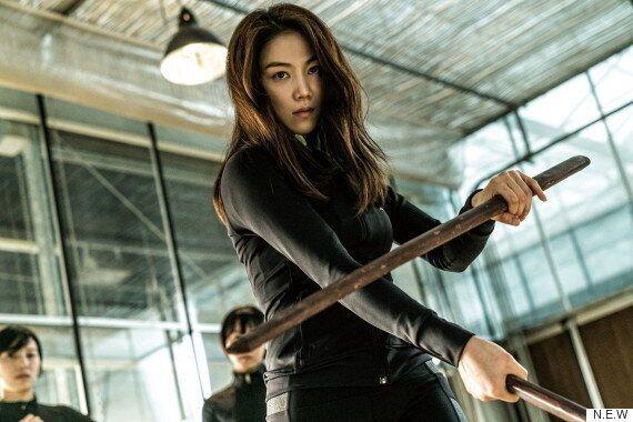 영화 '악녀'의 김옥빈은 총을 쏘고 칼을