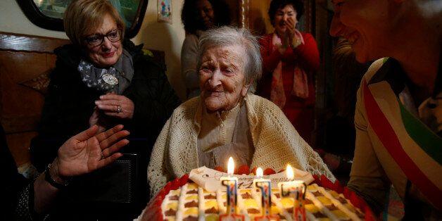 ROME, Nov. 29, 2016 -- Emma Morano is seen at her 117th birthday in Verbania, northwest Italy, on Nov....