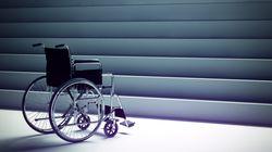 휠체어 탄 사람들에게 필요한 건 '배려'가 아니라