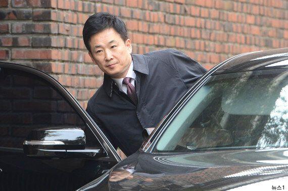 박근혜가 재판을 1주일 앞두고 변호사를 더 뽑으려고 수소문을