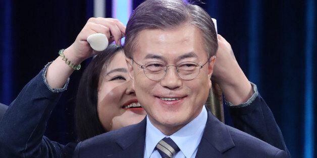 '송민순 문건' 논란 직후 시행한 여론조사