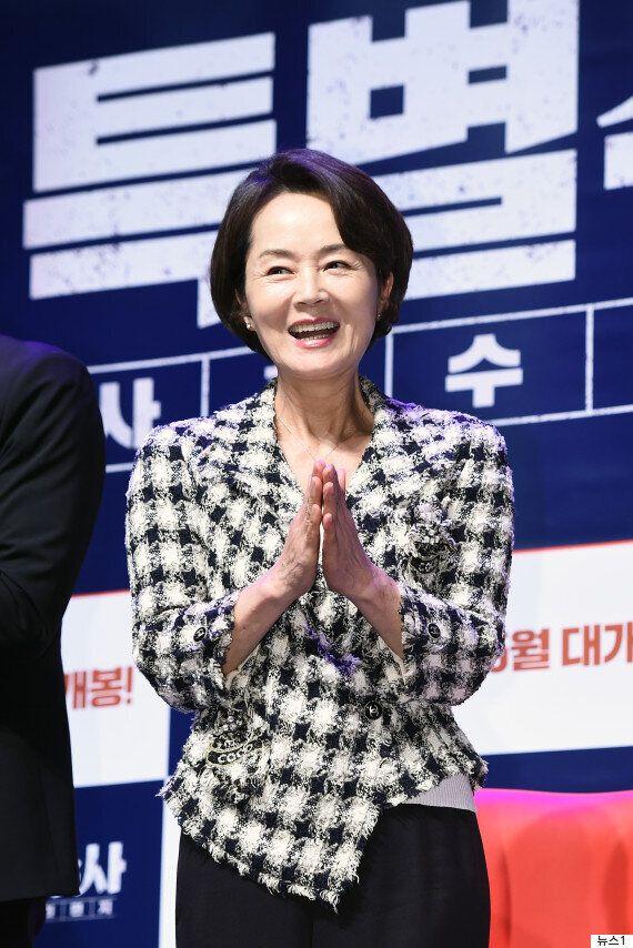배우 김영애가 66세의 나이로 세상을