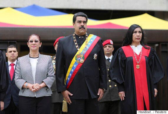 배네수엘라 법원이 '야당 우위' 의회를 해산시키고 입법권을