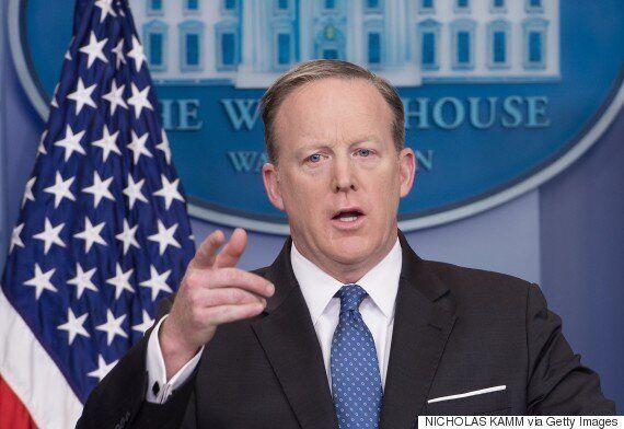 백악관이 '아메리카 퍼스트' 외교정책과 시리아 폭격은 배치되지 않는다고