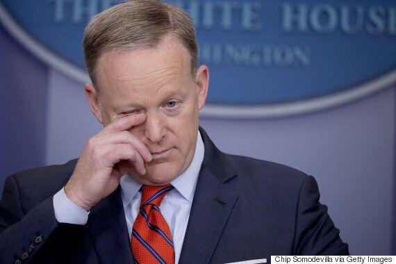 백악관 대변인이 아사드를 겨냥해