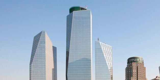 여의도 IFC 빌딩 투자자들이 '엑셀 착오'로 단체 '멘붕'에