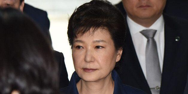 박근혜의 피의자 심문이 8시간 40분만에