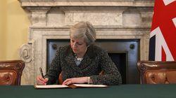 이 서명으로 영국과 EU의 이별이