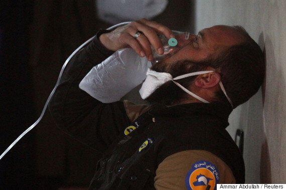 러시아와 시리아가 동시에 기자회견을 열어 '화학무기' 사용을