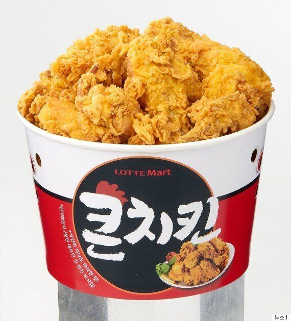 롯데 마트는 통큰치킨 컴백을 위해 닭 14만 마리를