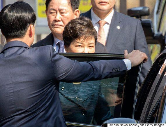 검찰이 '국정농단' 피의자 박근혜를 곧 재판에