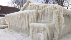 겨울 폭풍이 집을 '겨울왕국'으로