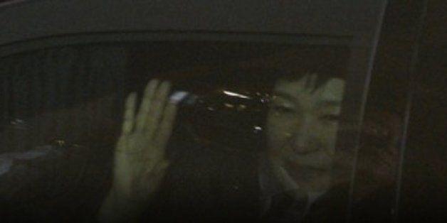 박근혜 전 대통령이 삼성동에 도착해 탄핵 후 첫 입장을