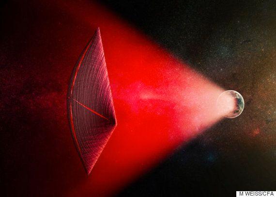 하바드 과학자들은 외계인들이 거대 무선 빔을 사용해 우주를 여행할지도 모른다고