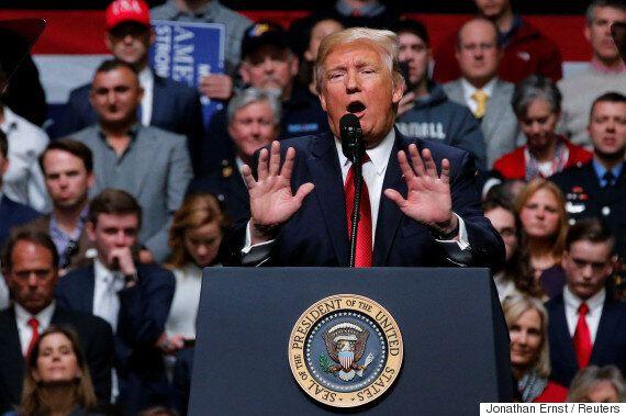 도널드 트럼프의 첫 번째 예산안에는 '멕시코 장벽 건설' 비용도