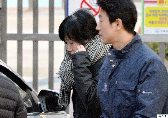 박근혜 집에 연이틀째 드나드는 인물의