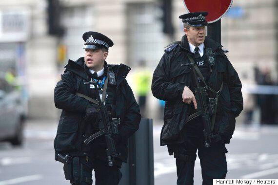 영국 런던 차량·흉기 테러로 인한 사망자가 5명으로