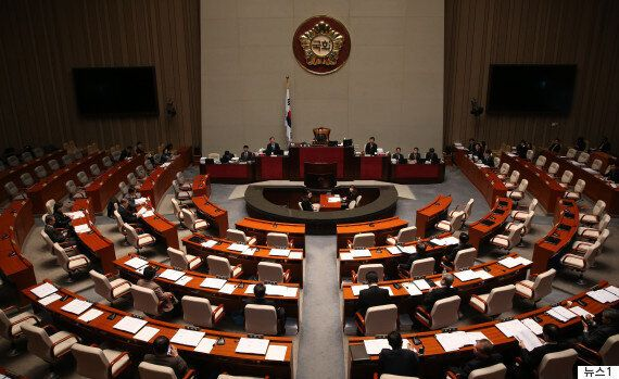 한국당·국민의당·바른정당, '대선때 개헌 국민투표'