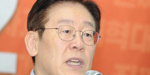 검찰이 '선거법 위반 혐의'로 성남시청을 압수수색하자 이재명이