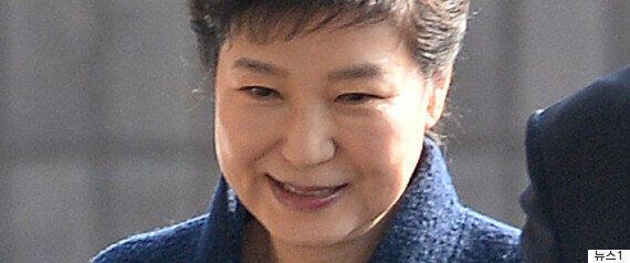박근혜 전 대통령의 검찰 출석에 테헤란로 이용자들이