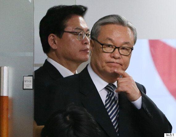 박근혜 탄핵으로 국회에서 '여당'이 사라지는 헌정사상 초유의 사태가