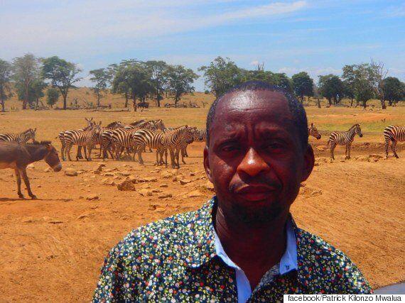 케냐의 한 남자가 매일 물탱크를 싣고 다니는 아름다운
