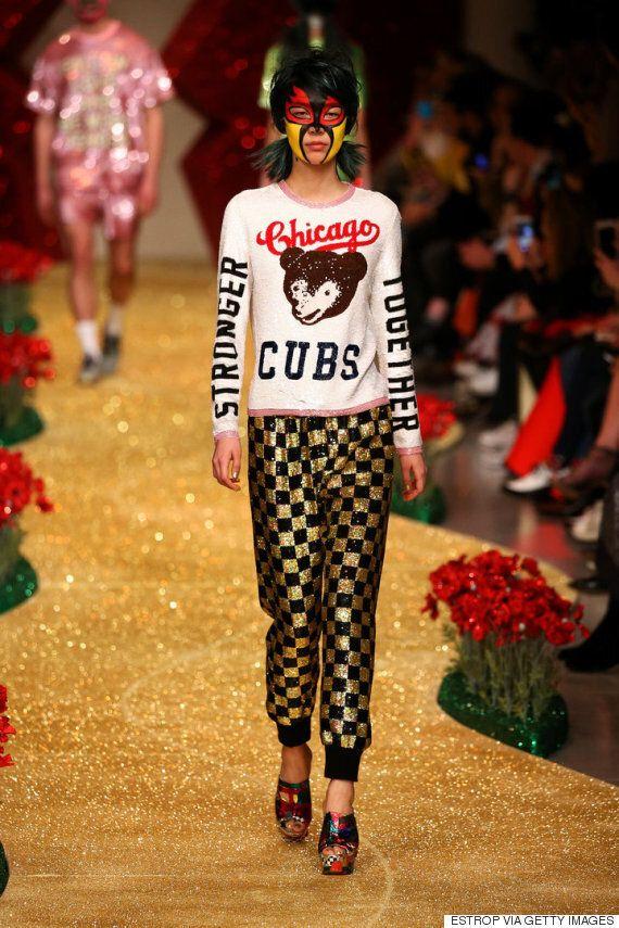 디자이너 아쉬시 굽타가 런던 패션위크서 트럼프를