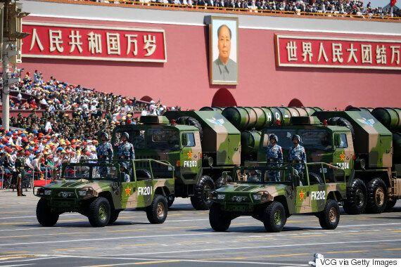 중국이 남중국해의 인공섬에 지대공 미사일 포대를 짓고