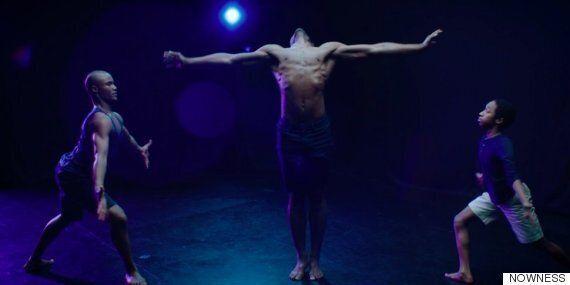 '문라이트'에서 영감을 받은 댄서들의 아름다운