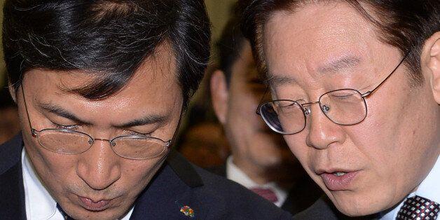 2월14일 오후 서울 중구 은행연합회관에서 열린 전국금융산업노조 회장 이취임식에 참석해 대화를 나누고 있는 모습.