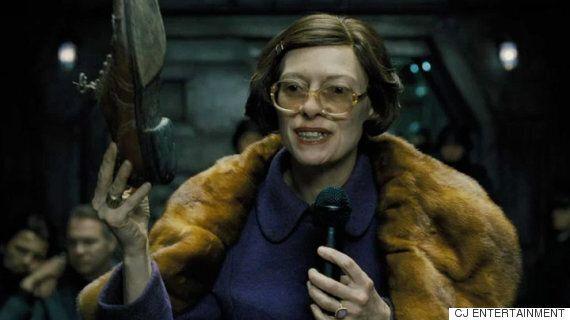 새 영화 속 틸다 스윈튼의 모습은 알아볼 수조차