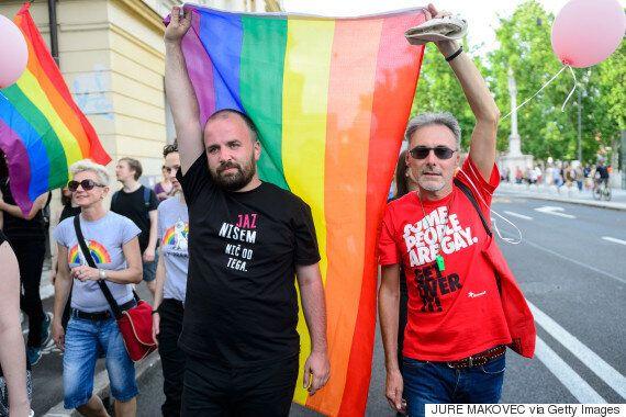 슬로베니아가 마침내 동성결혼을