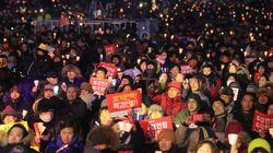 [화보] 박근혜 조기 탄핵을 촉구하는 70만 촛불에 다시 불이