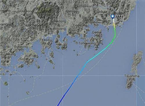 김해공항행 새벽 비행기를 타면 유독 '멀미'가 심해지는