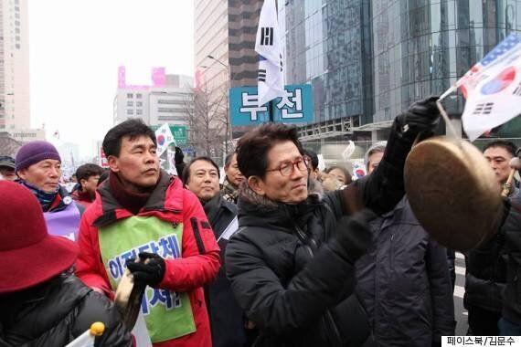 탄핵반대집회에 참석한 김문수 전 경기도지사의 한