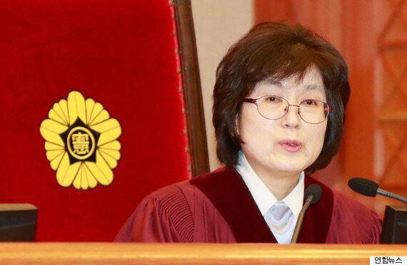 헌법재판소가 박근혜 측의 탄핵심판 '시간끌기 전략'을 모조리